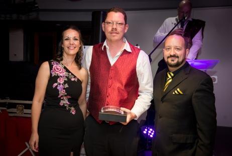Wayne Devy won the Most 121's Award for BNI Winelands Region